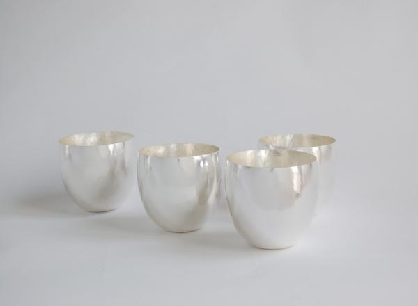 Silberbecher als stilvolle Trinkgefäße