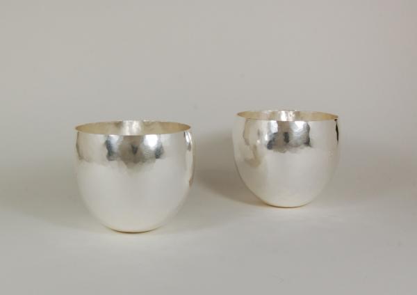 Becher aus Silber für Rituale